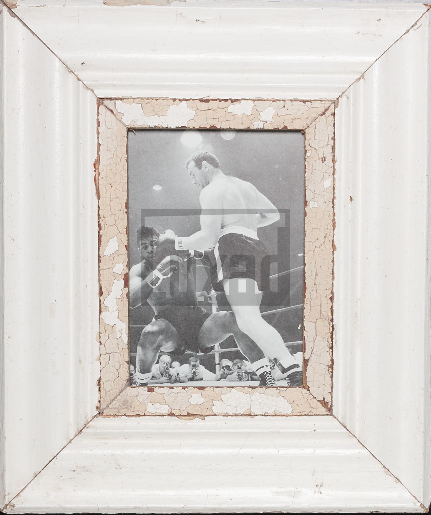 Vintage-Bilderrahmen mit breitem Holzrand für dein Lieblingsfoto