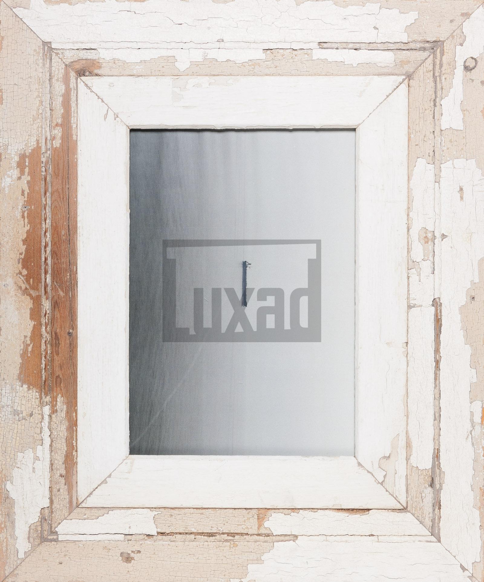 Bilderrahmen mit extra breitem Holzrahmen von Luna Designs