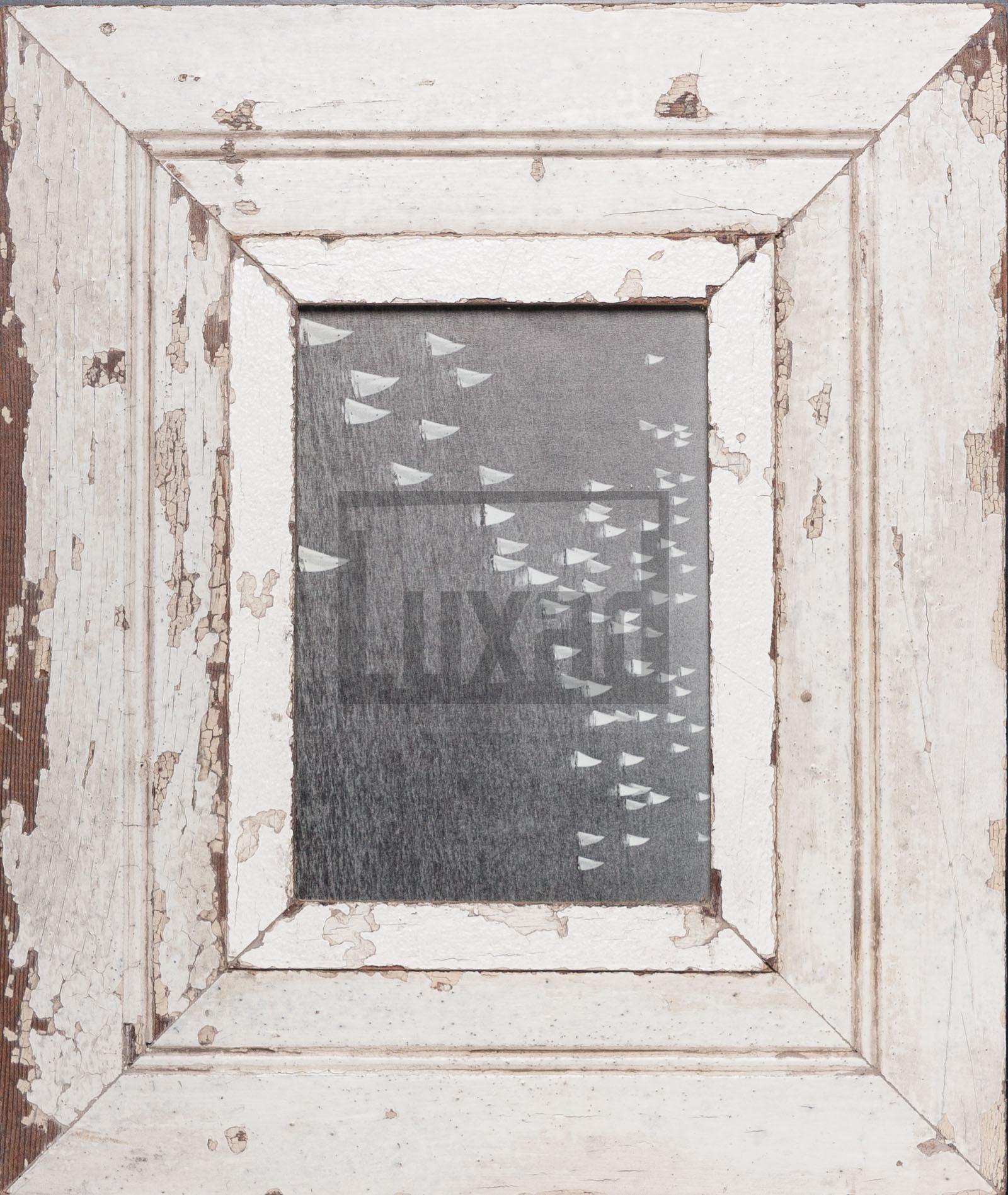 Vintage-Bilderrahmen mit breitem Holzrand für ca. 14,8 x 21 cm