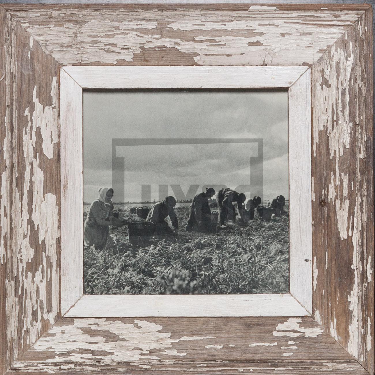 Quadratischer Altholz-Bilderrahmen für dein Lieblingsfoto